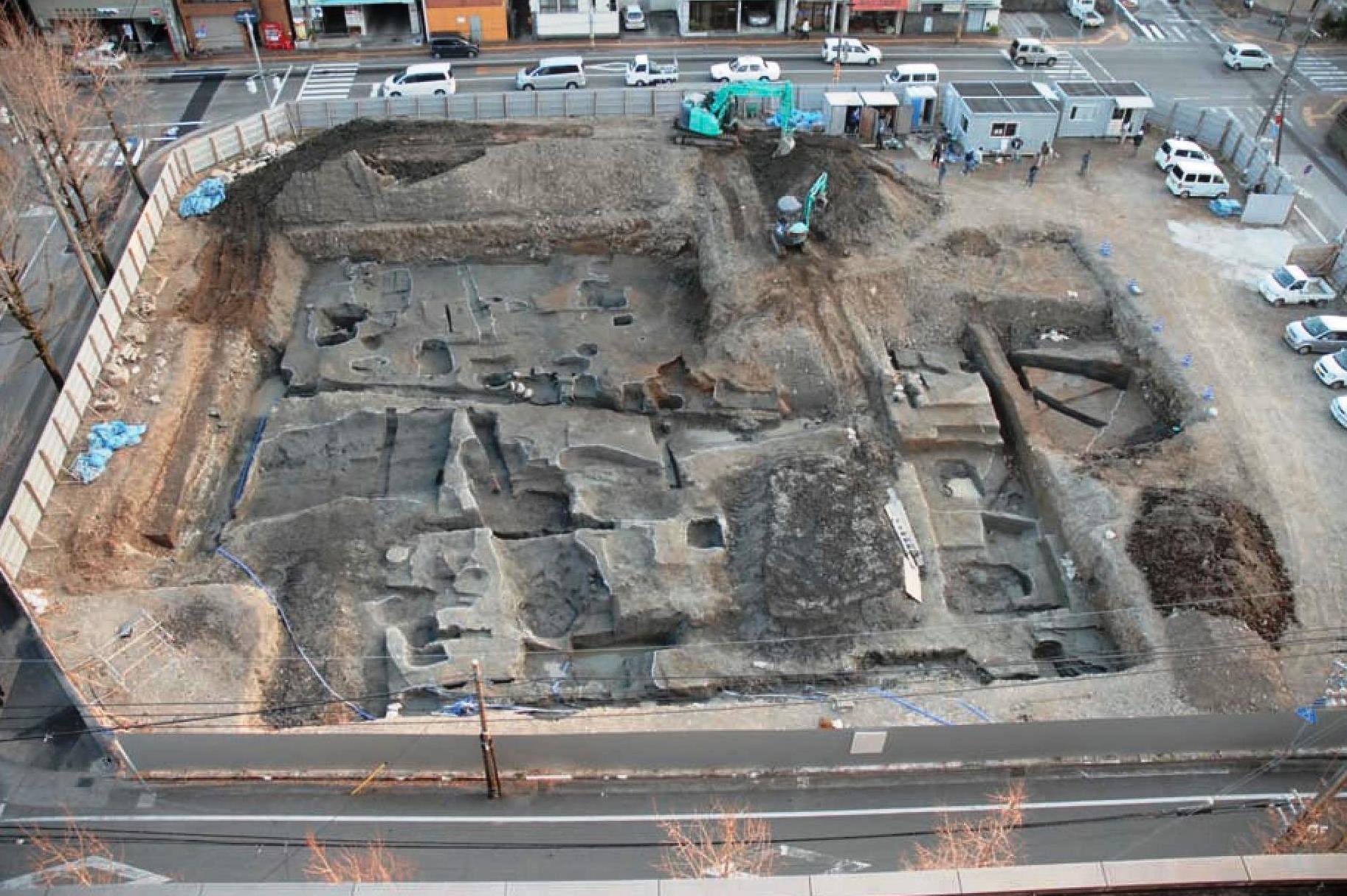 記念講演会「高知の城下町を掘る~近年の発掘調査の成果から~」